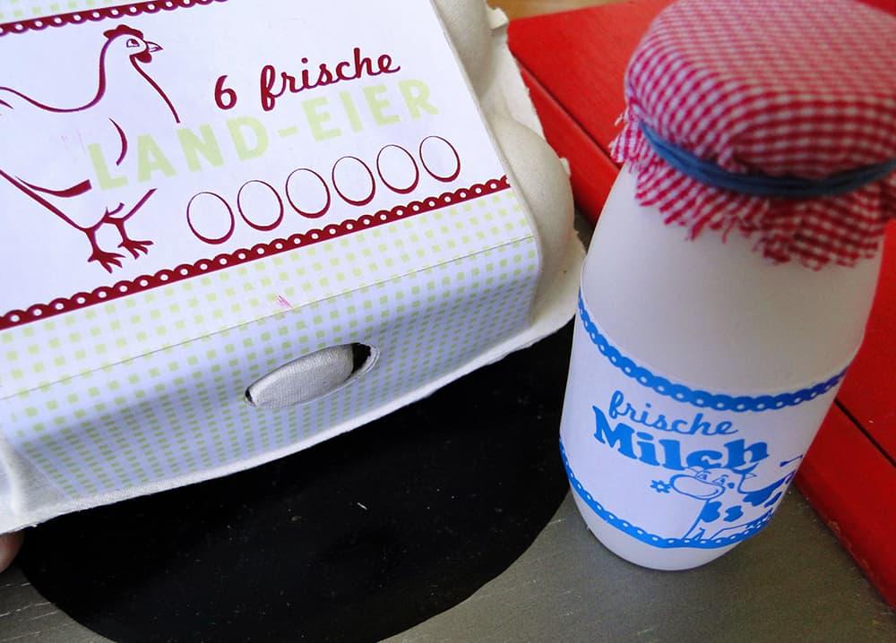 Milchflasche und Eierkarton für den Kaufladen selbermachen
