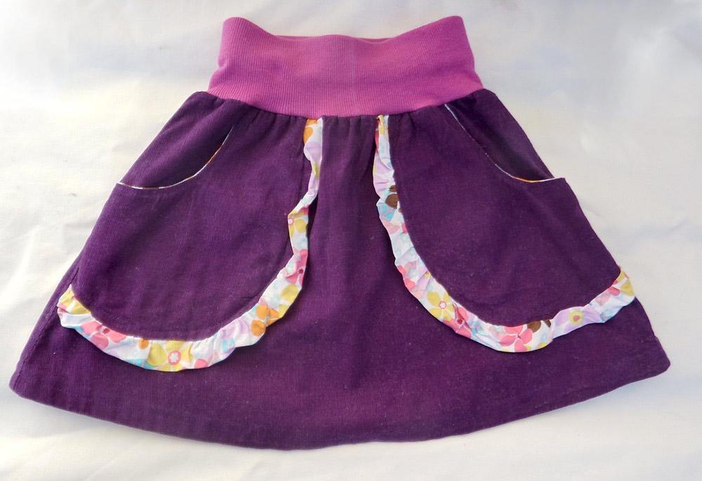 einfacher Schnitt für Kinderrock mit Rüsche und Tasche