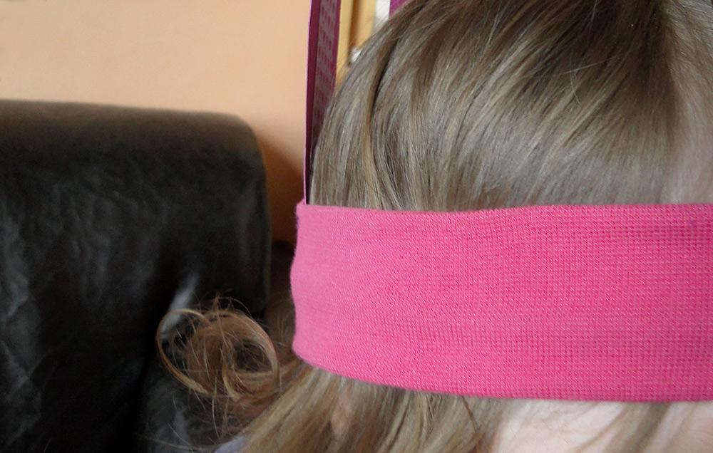 Osterhasen-Ohren am Haarband schnell selbermachen