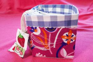Spielzeug Tee-Beutel-Kiste: tetrapak mit Stoff bezeihen