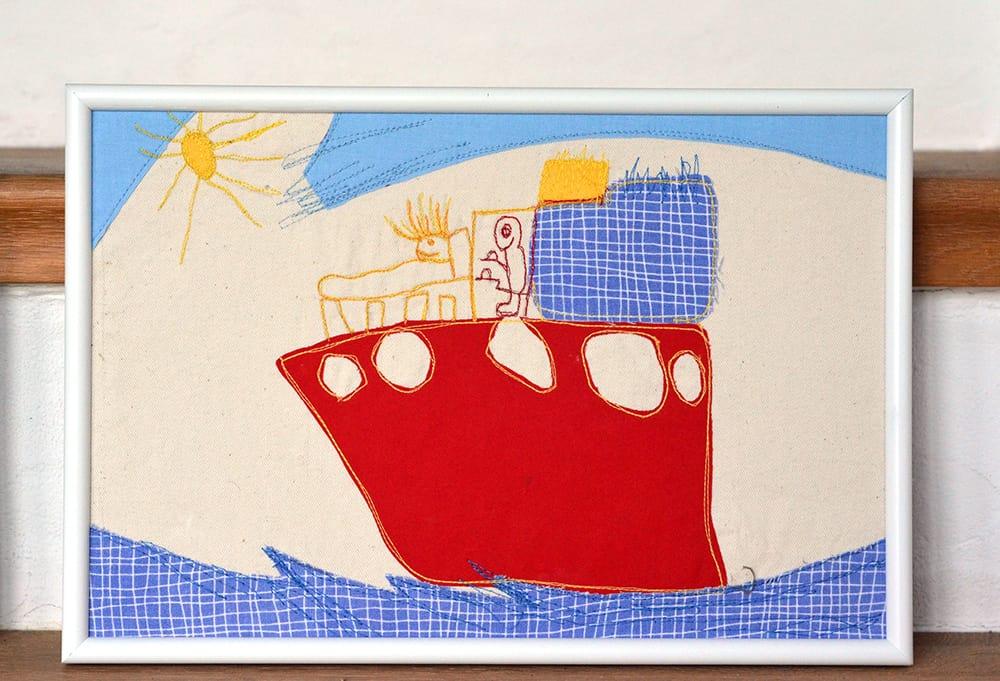 Kinder-Zeichnung aus Stoff applizieren als Bild
