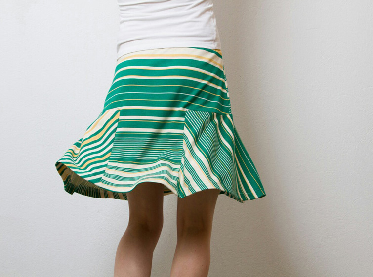 Jerseytaugliches Rockschnittmuster: T-Skirt für Frauen