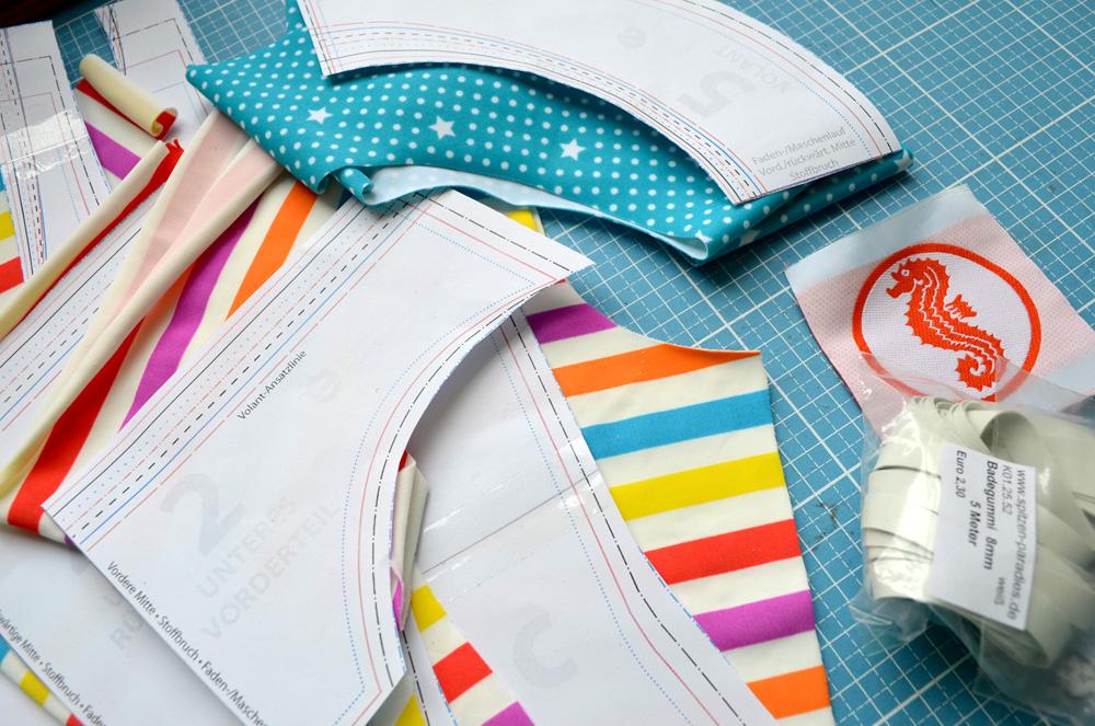 Badeanzug für Kinder nähen: Schnittmuster Mädchen-Badeanzug und Bikini
