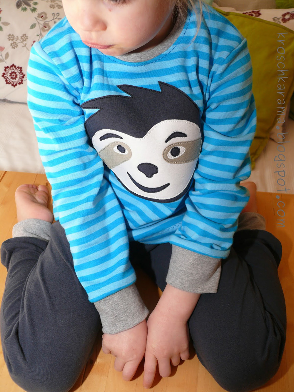 Kindershirt mit langen Ärmlen und Applikation selbernähen