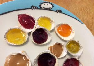 Muschel-Verwertungs-Idee: selbstgemachte schleckmuscheln mit Fruchtbonbons