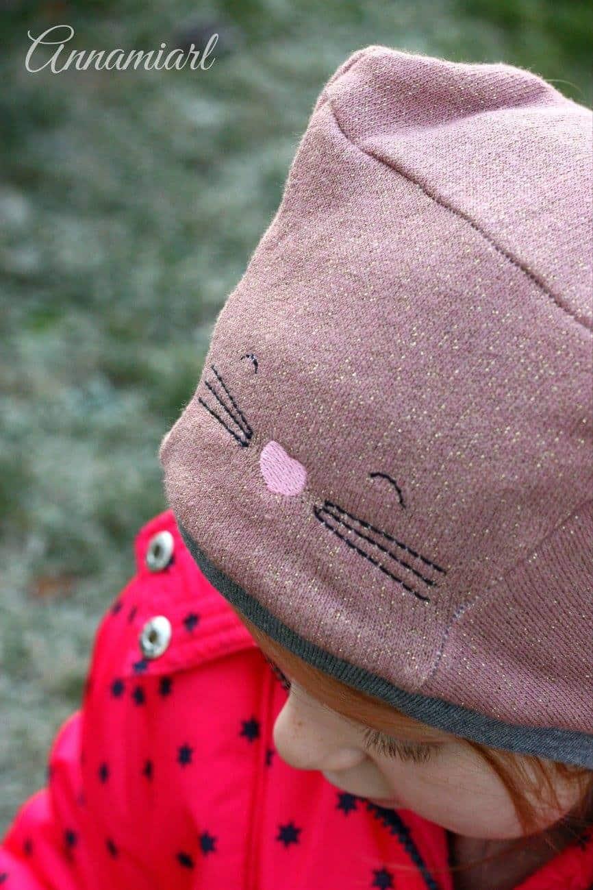 Katzenohrenmütze, bestickte Kinder-Wintermütze / Schalmütze, genäht von annamiarl // Schnittmuster: Erbsenprinzessin