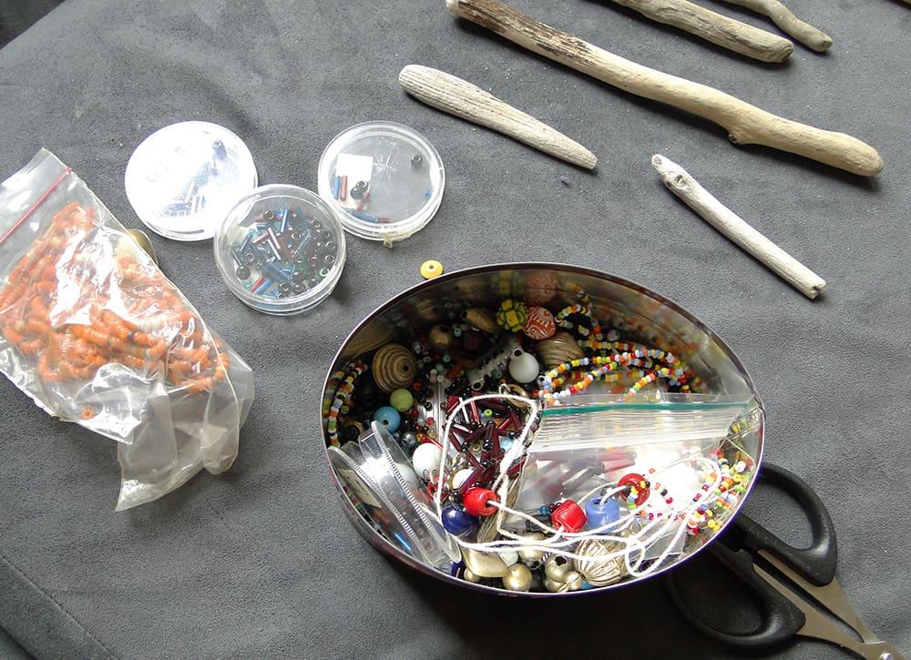 Bastelmaterial Treibholz Perlen