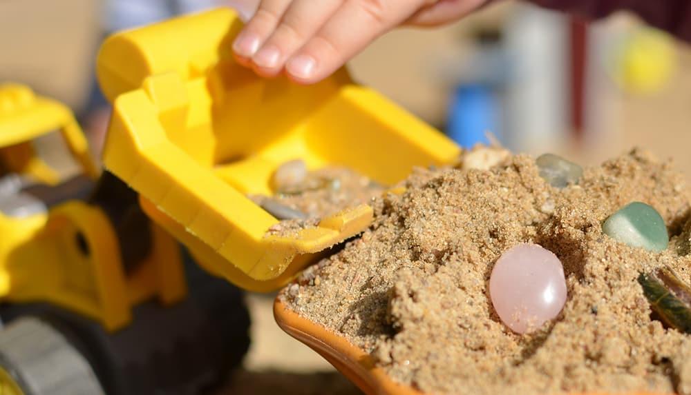 Spielidee: Schatz suchen im Sand