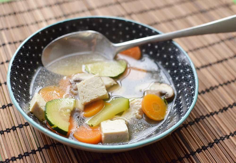 Rezept aus der thailändischen Küche, Schonkostversion: Tom Kha Gai Suppe mit Tofu oder Hühnchen