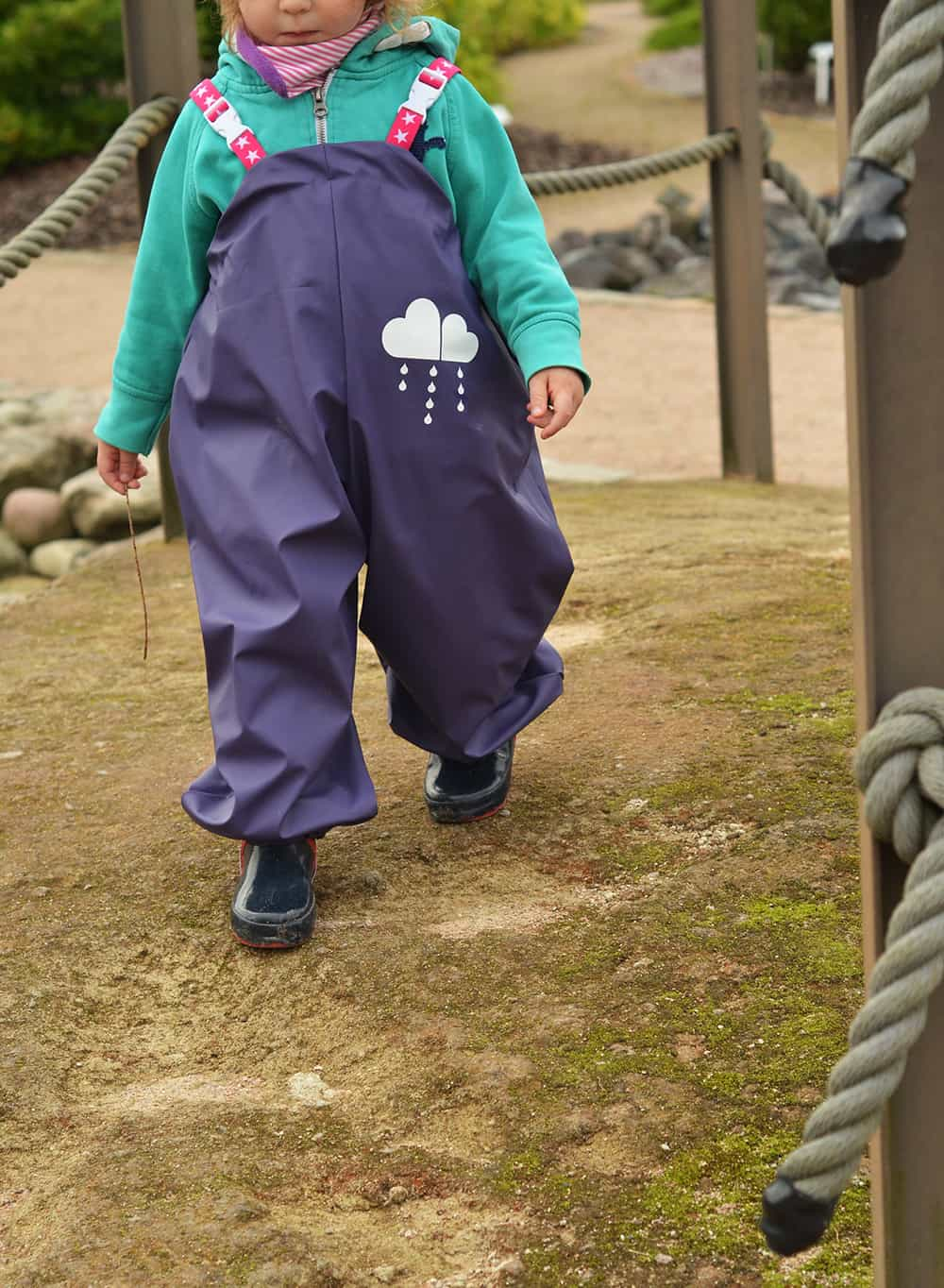 Schnittmuster und e-Book für eine Kinder-Regenhose zum selber nähen
