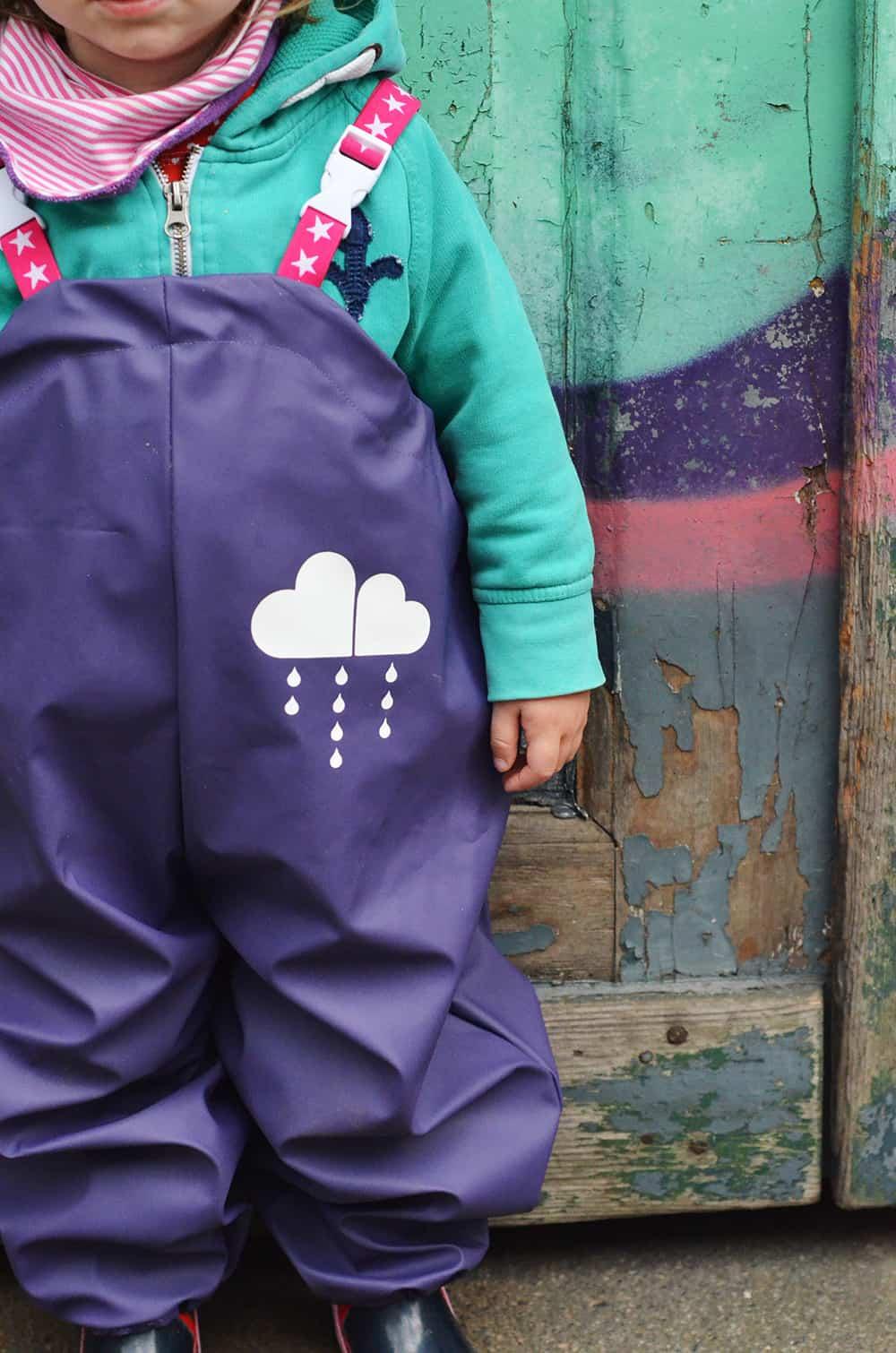Matsch- und Mehr: Das Schnittmuster für Kinder- Matsch- und Regenhosen