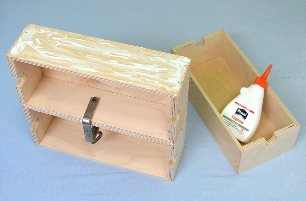 Schubladen mit Holzleim zusammenkleben