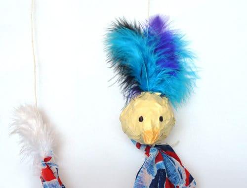 Paradiesvogel-Marionette: Bastelidee für Kinder