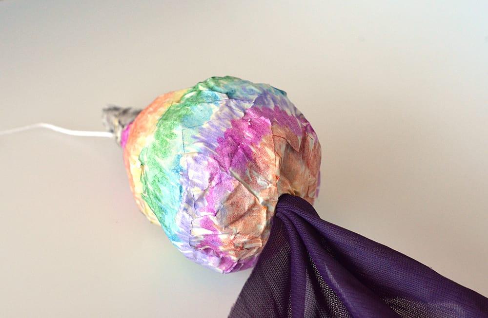Fantasy-Marionette selber herstellen DIY: Kopf festmachen
