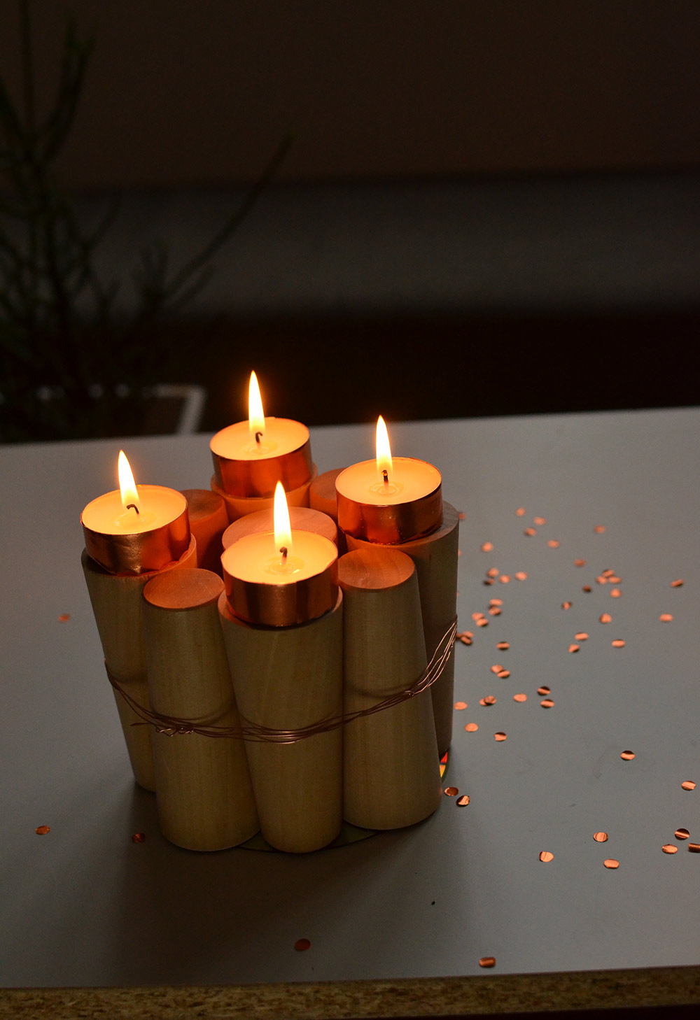 Upcycling-Adventskranz aus Holz: DIY-Projekt