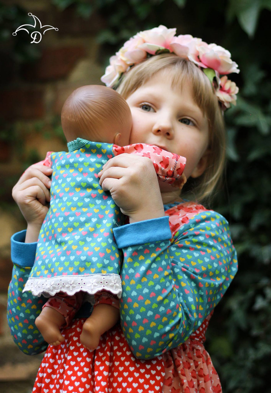 Tunika für Puppe undMädchen nähen: Partnerlook-Schnittmuster