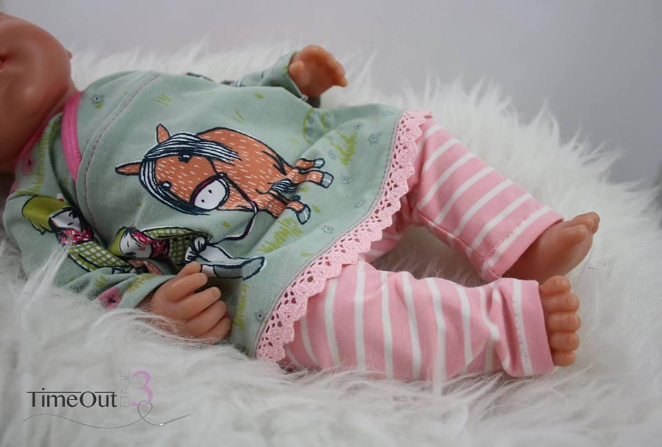 Babypuppen-Schnitt zum Download: Leggings und Shirt