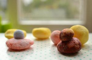 lustige Seifen selber machen aus Knetseife: Basteln für Kinder