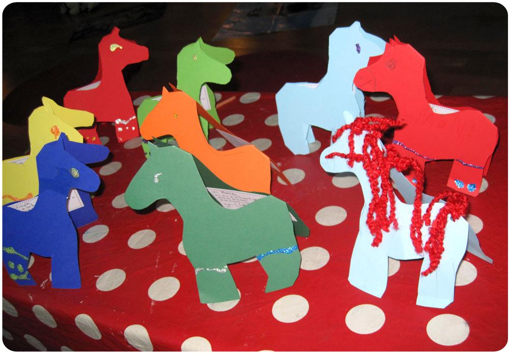 Geburtstagseinladungen: Pferde-Karten für den Kindergeburtstag