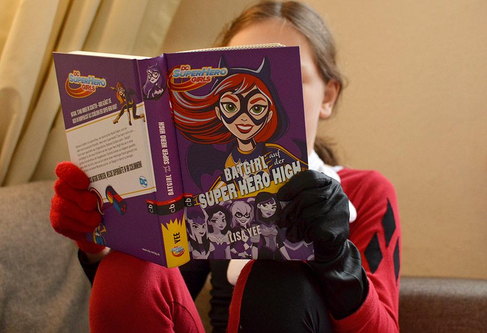 Buch: Batgirl auf der Super Hero High