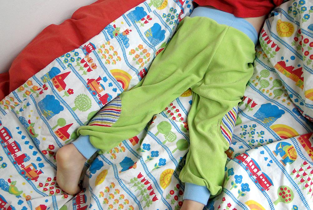 Kinderschnittmuster Schlafanzughose mit Bündchen aus Jersey, Frotteee, Nicky oder sweat