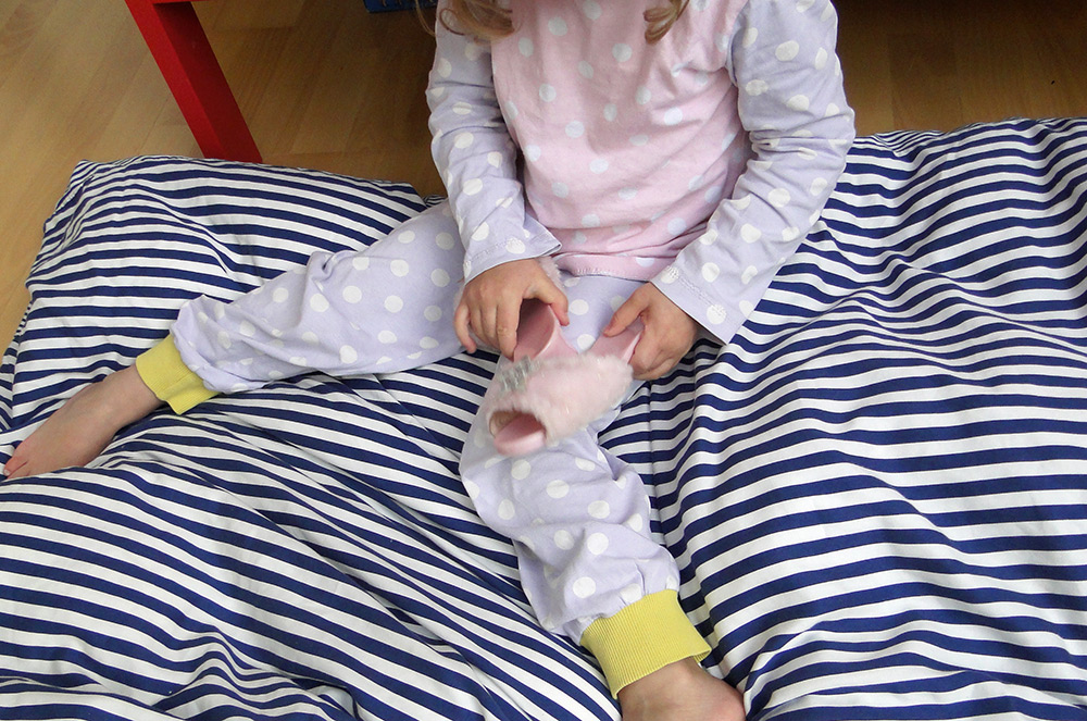 Pyjamahose für Kinder aus Jersey selbernähen
