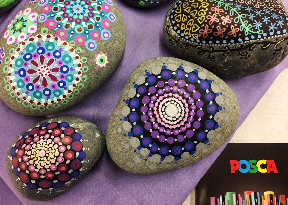 Steine bemalen mit Posca Markern