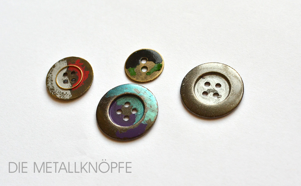Metallknöpfe selber lackieren: Nach dem Waschen