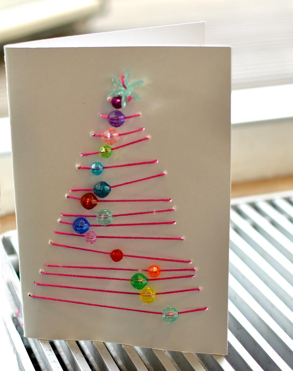 Weihnachtskarten basteln in der Grundschule