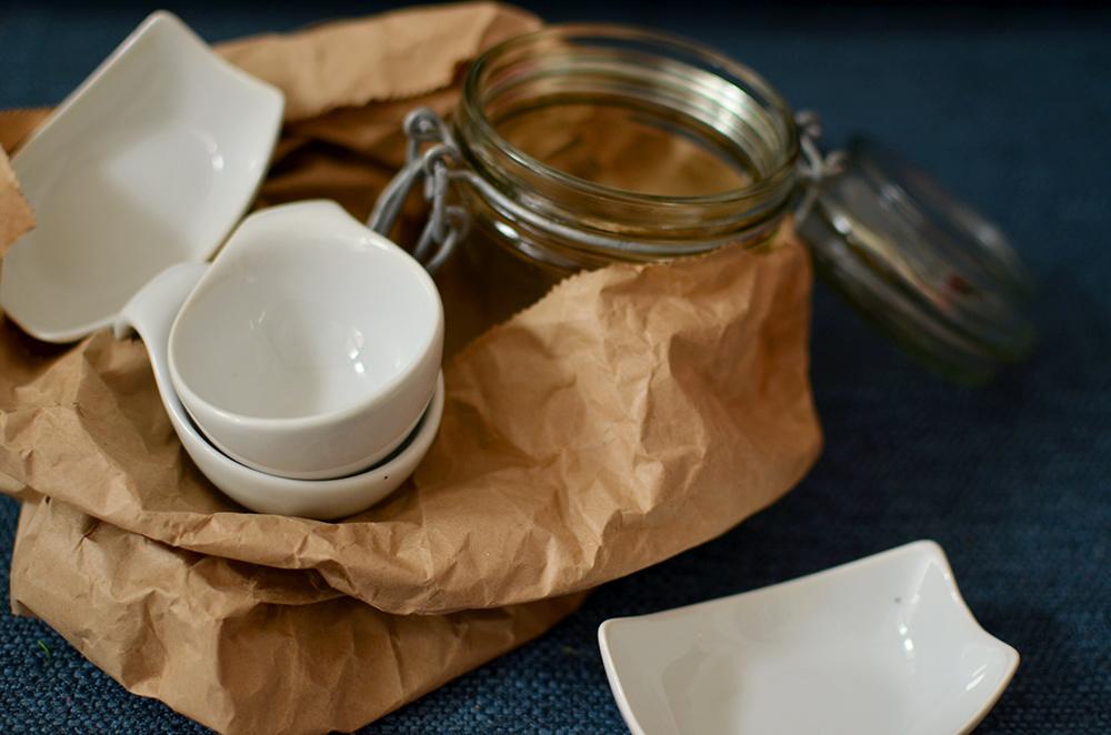 Porzellan und Glas für Upcycling-DIY