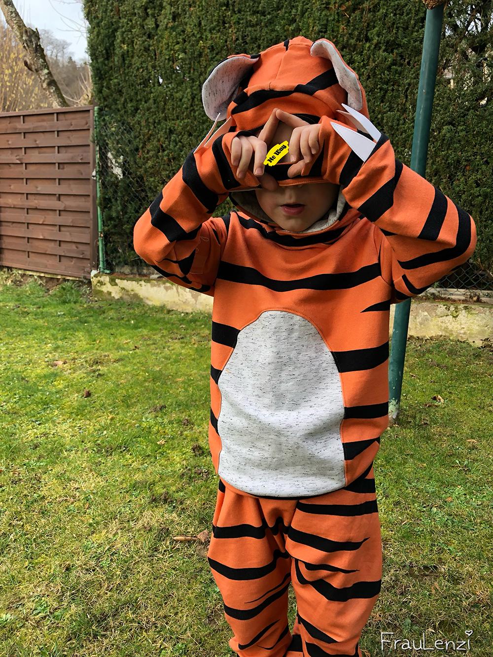 Tiger Kostüm selber genäht hoodie