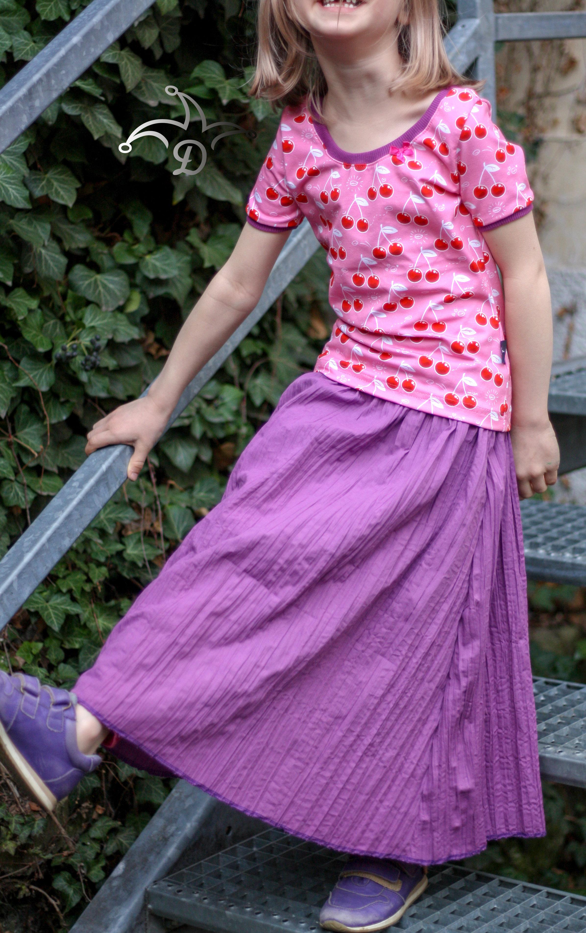 Mädchen-Sommerkleid mit weitem Rock und engem oberteil nähen