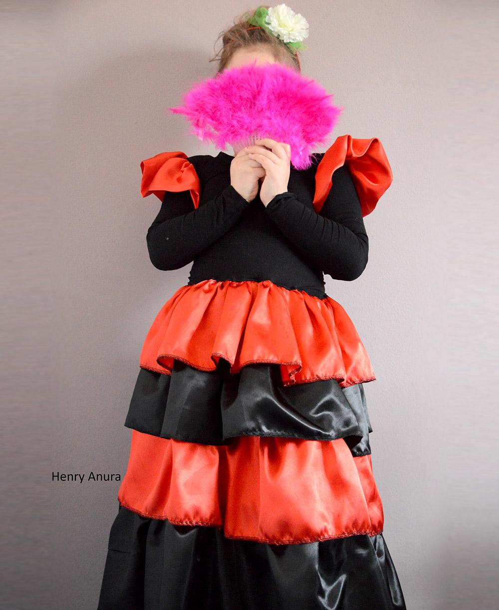 Flamenco-Kleid Kinderschnittmuster, Designbeispiel von Henry Anura