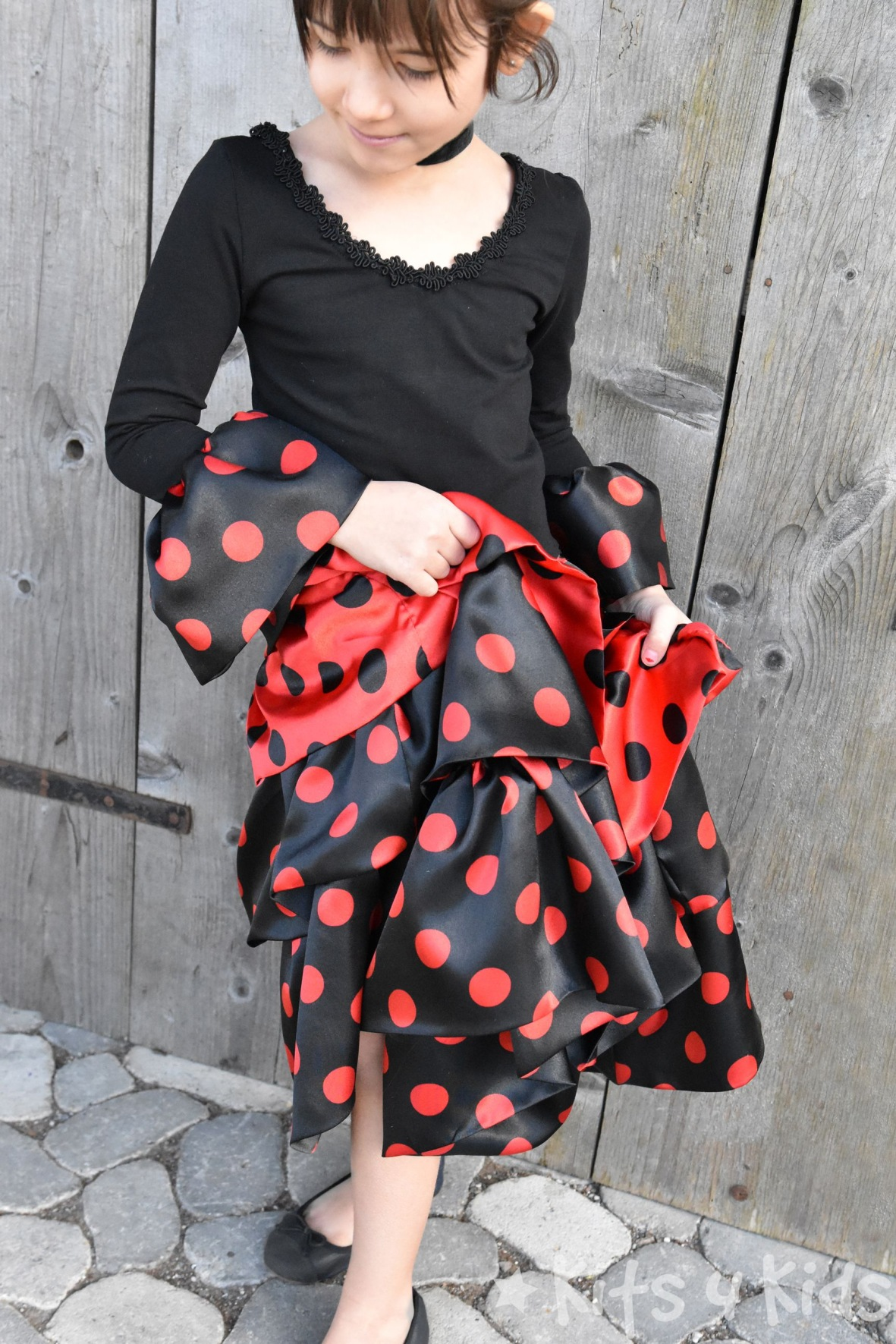 kits4kids: Flamencokleid nähen