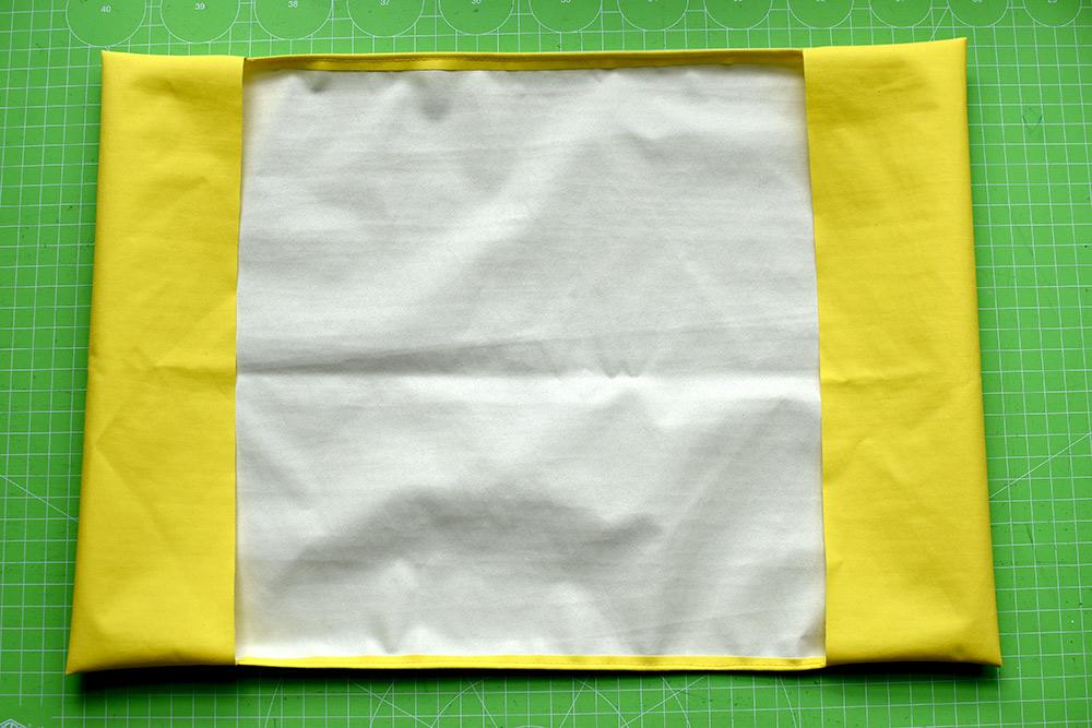 selbstgenähter Umschlag für Schulhefte DIN A4