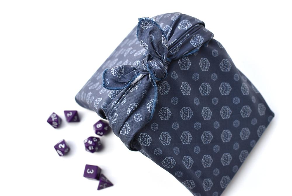Furoshiki: geschenke in Stofftücher verpacken