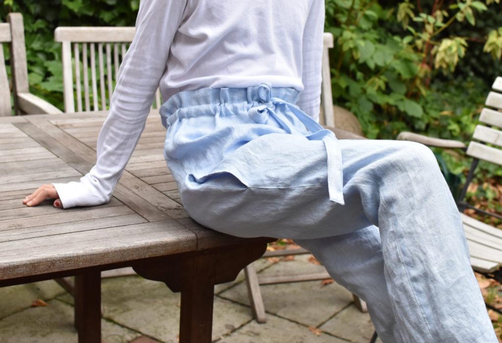 Paperbag-Hose Schnitt für Teenies, aus Leinenstoff