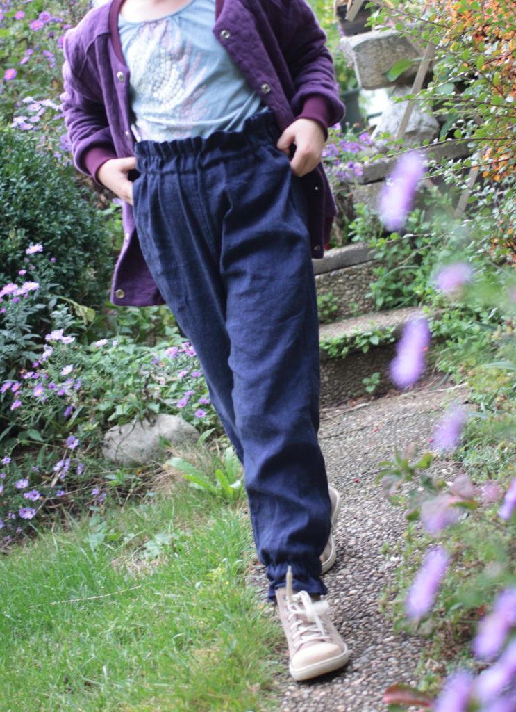 Paperbag Hose aus Leinen für Mädchen selbernähen