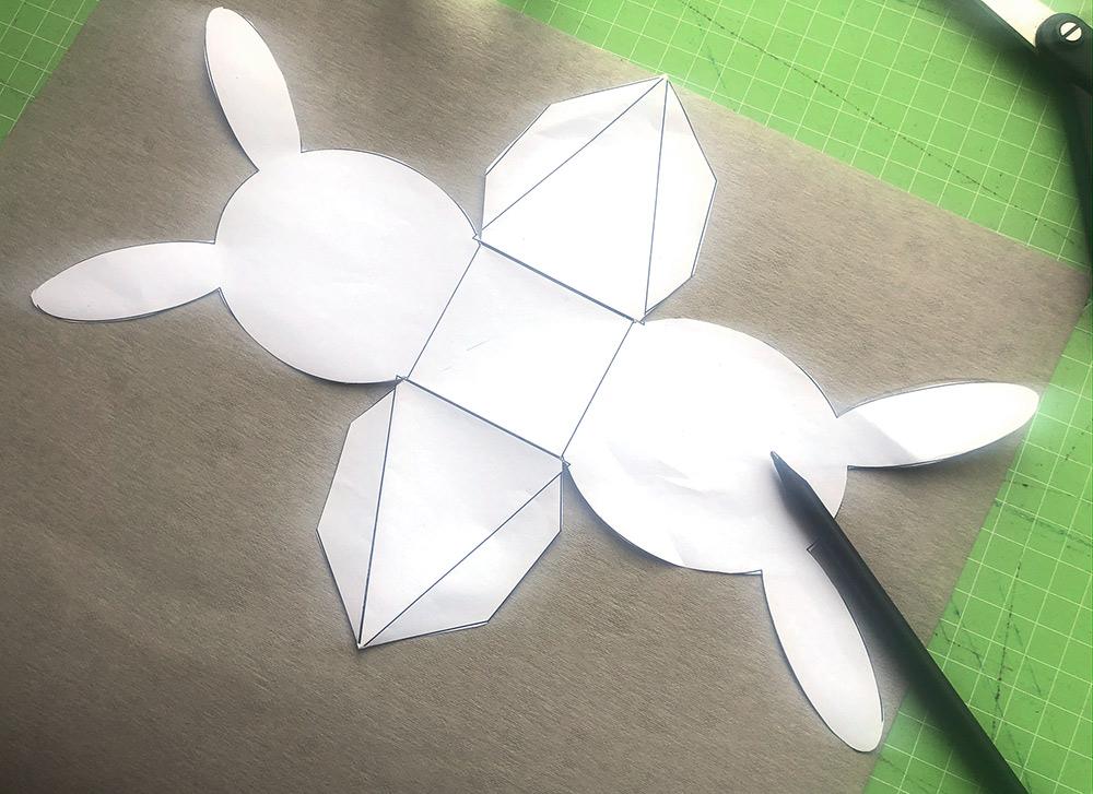 Vorlage Hasen-Faltschachtel auf Nähpappe aufzeichnen