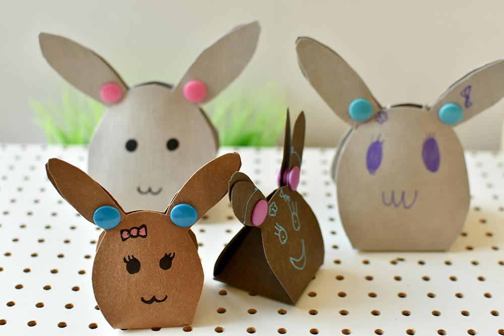 Osterbasteln mit Kindern: Hasen aus pappe